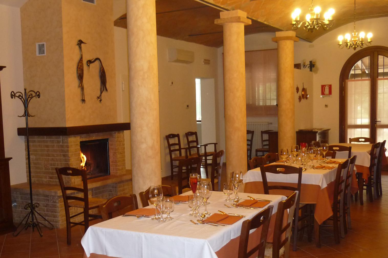 agriturismo-vallesanta-ristorante-2